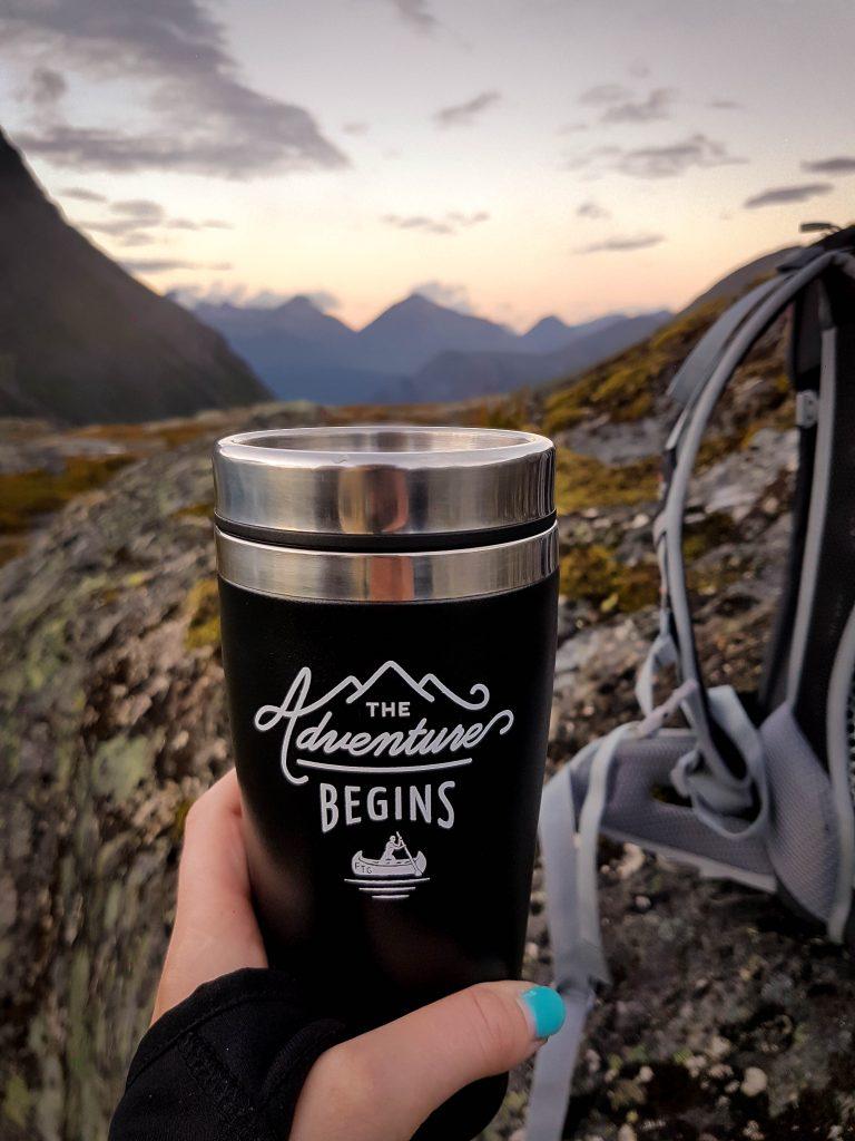 Checklist wandelrugzak - Thee drinken op de top van Litlefjellet