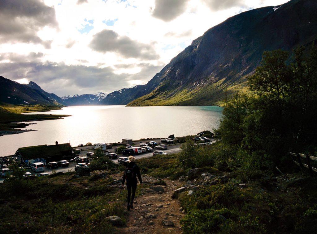 Vakantie Noorwegen - parkeerplaats Gjendesheim