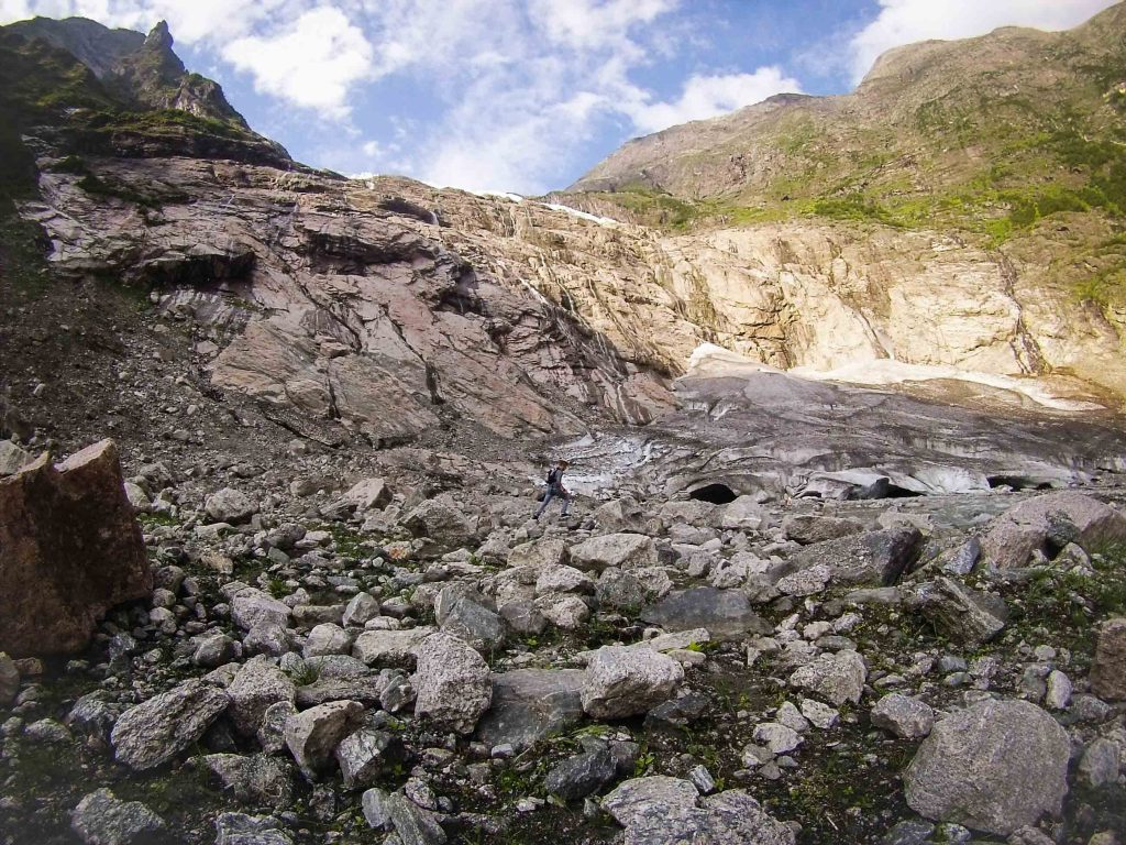 Wandelen bij Boyabreen gletsjer Noorwegen