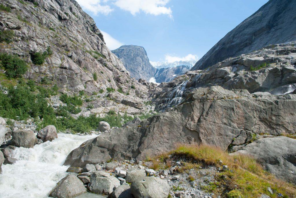 De Brenndalsbreen gletsjer in Noorwegen